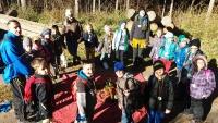 Auf den Weg mit der Waldpädagogin Mizzi Deisl